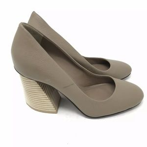 Mercedes Castillo Shoes Pump Sculpted Stack Heel